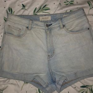 Light-wash Pacsun Shorts 🌻